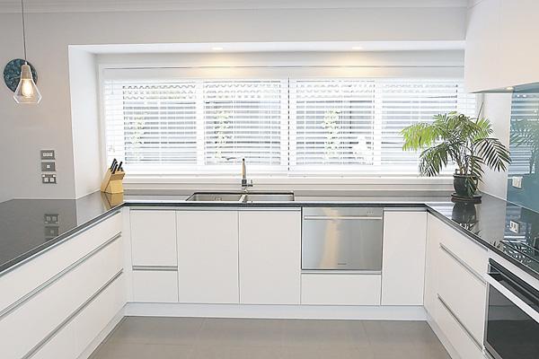 jag-carey-kitchen11