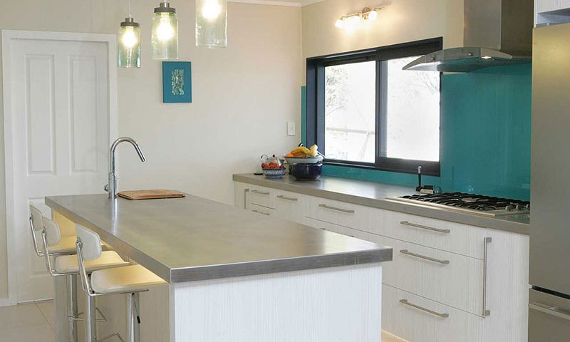 Kitchen design fulfils chefs wishlist jag kitchens for 11 x 8 kitchen designs