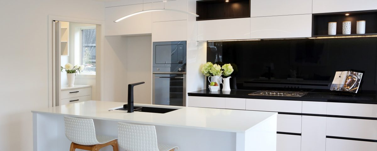Modern vs traditional kitchen design jag kitchens Traditional vs contemporary design