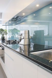 glass-splashback-benchtop