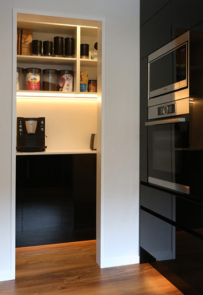 in-cabinet-kitchen-lighting