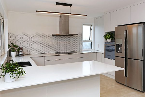 kitchen design elements - tiled splashback texture